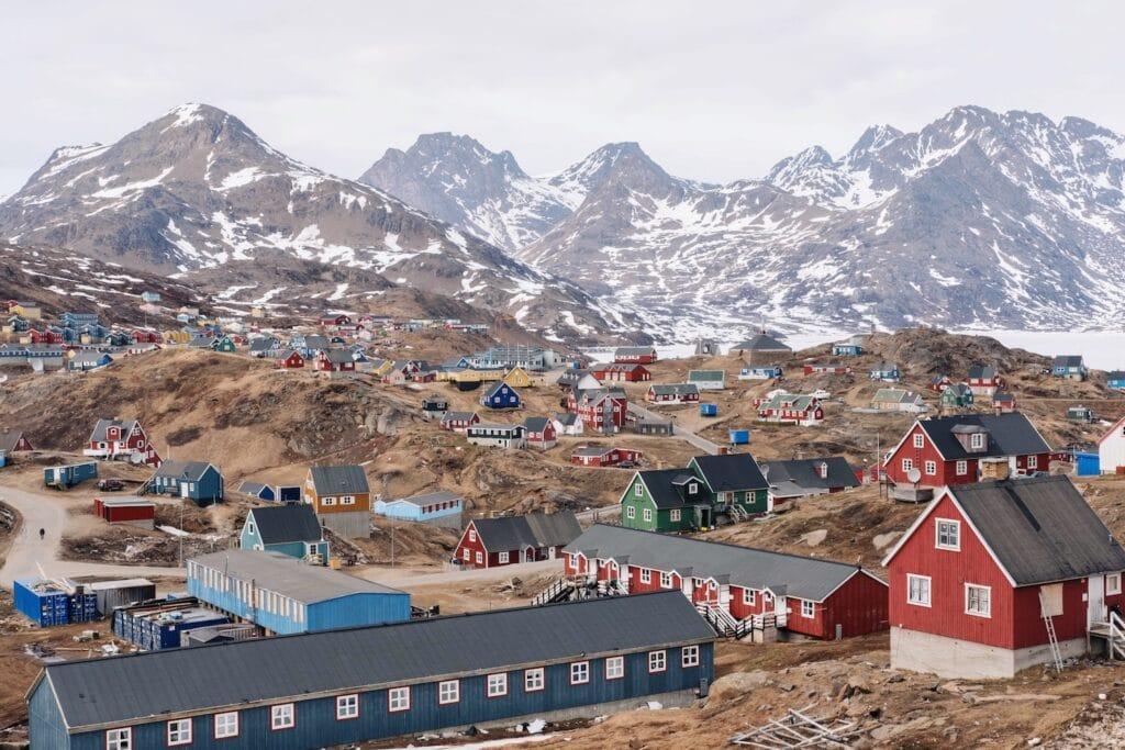 Mission og nødhjælp i Grønland